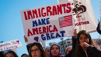 170214094237-cnnee-milwaukee-immigrants-protest-exlarge-169